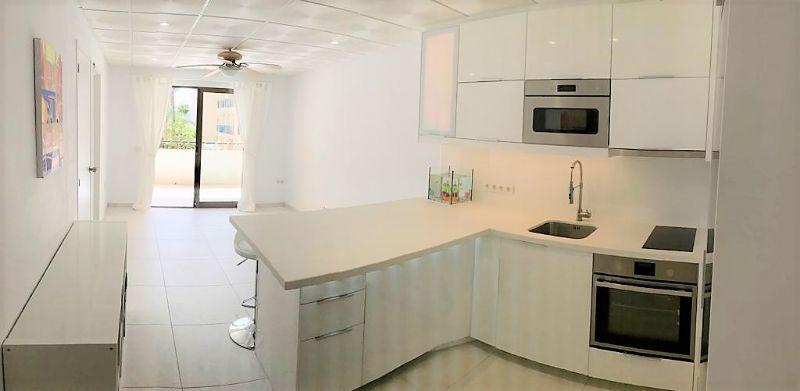 Apartamento en Venta en Los Cristianos – 667-720 Castle Harbour