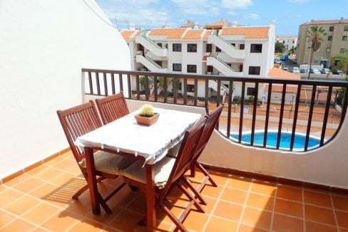 terraza Coral Mar vista piscina