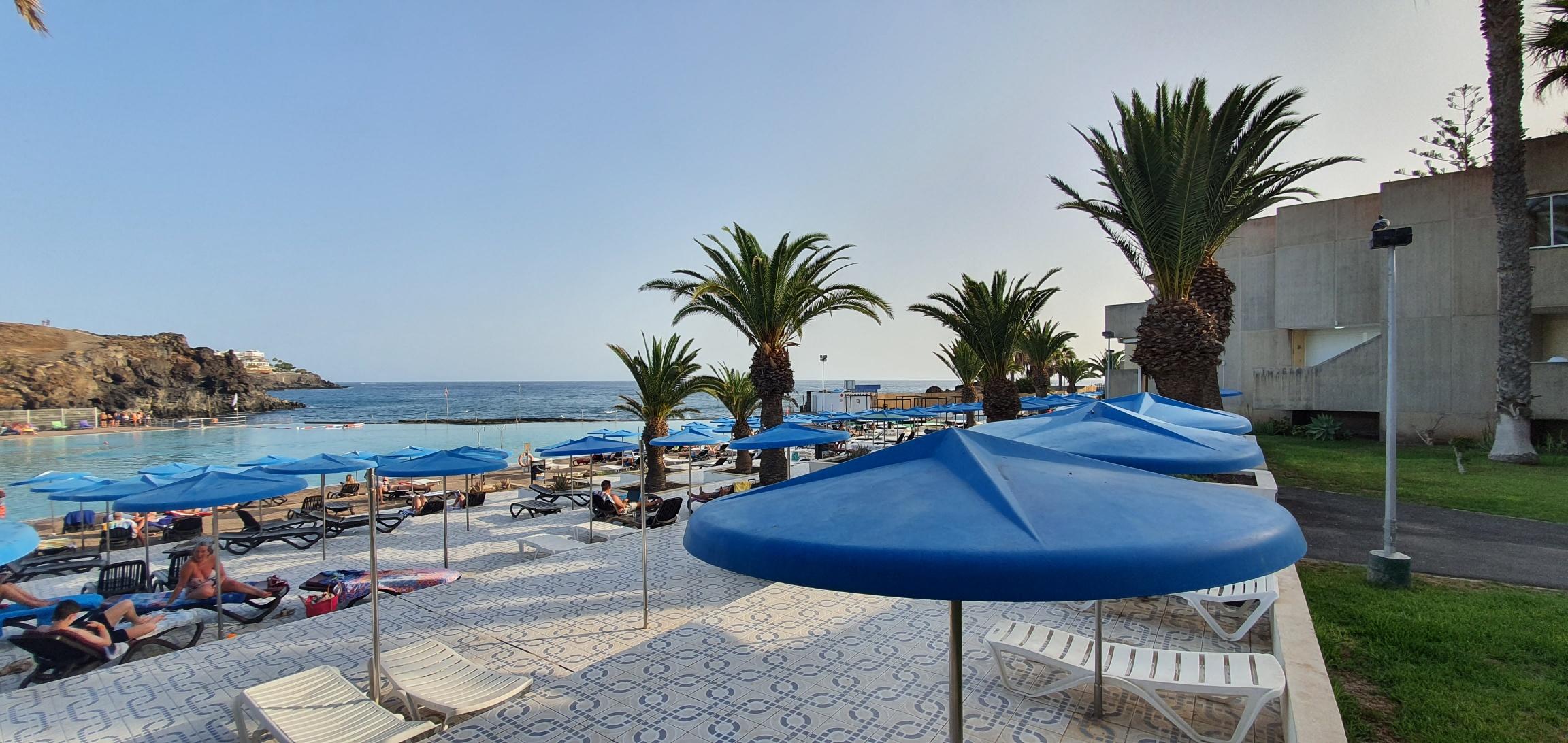 Ático en venta con vista mar en Alborada – CH1083